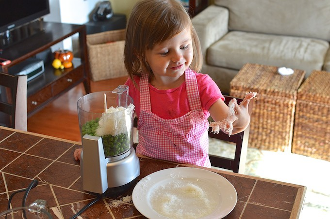 Ten Ways to Encourage Kids to Try New Foods