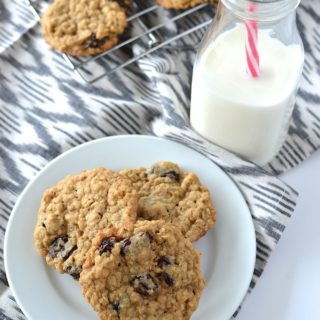 Cherry Oatmeal Cookies - An egg-free version of a cookie classic, studded with tart, dried cherries! ~sweetpeasandabcs.com