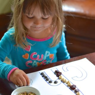 "Exploring the digraph ""ch"" using chewy cherries and other ""ch"" treats! ~sweetpeasandabcs.com"